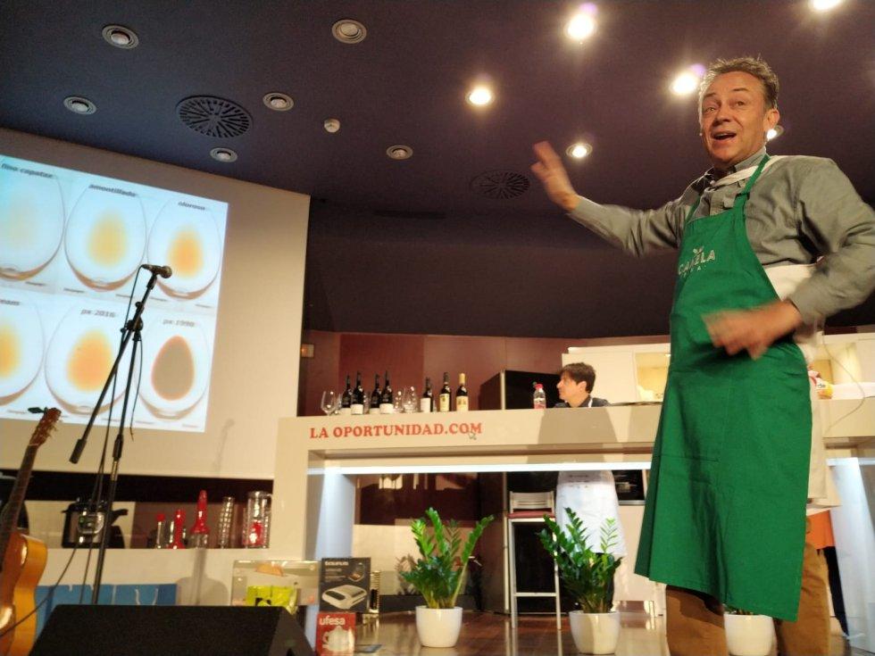 Las explicaciones de Sergio Sauca sobre los vinos de Montilla Moriles reivindicaron su importancia y singularidad.