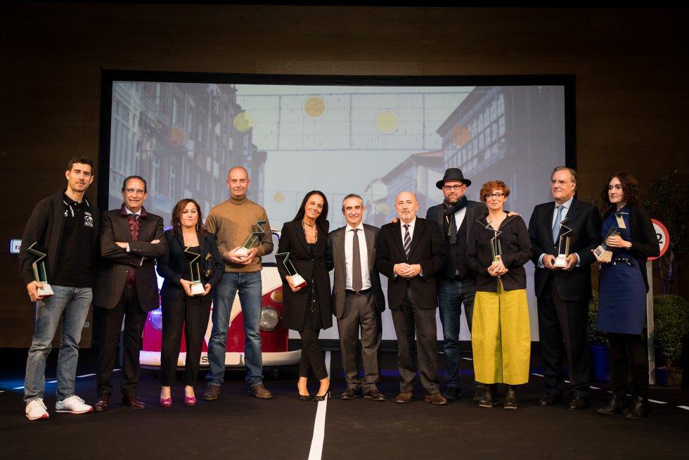 Foto de familia de los premiados en la gala SERenidade 2018.