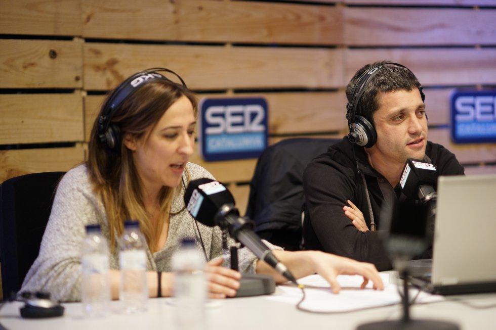 """Sique Rodríguez, cap d'esports de SER Catalunya i Carla Turró, directora de """"El Balcó"""""""