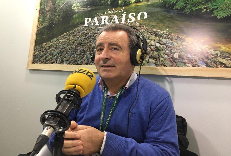 El director de operaciones de Octagon, Luis Molina, también se ha pasado para calentar motores con la Asturias Bike Race