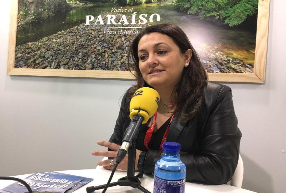 La alcaldesa de Ribadesella, Rosario Fernández, durante la entrevista