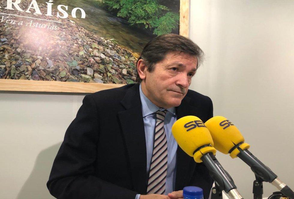 El presidente del Principado, Javier Fernández, durante la entrevista