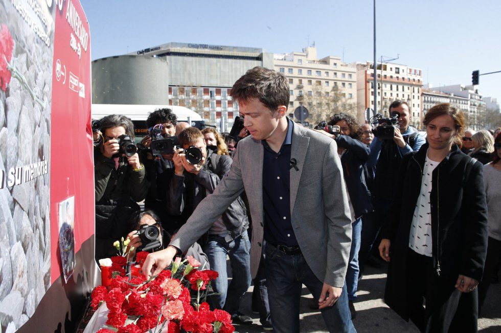 Ofrenda floral y suelta de globos en el acto 'In Memorian' en recuerdo a las víctimas de 11-M en la estación de Atocha de Madrid.    11/03/2019