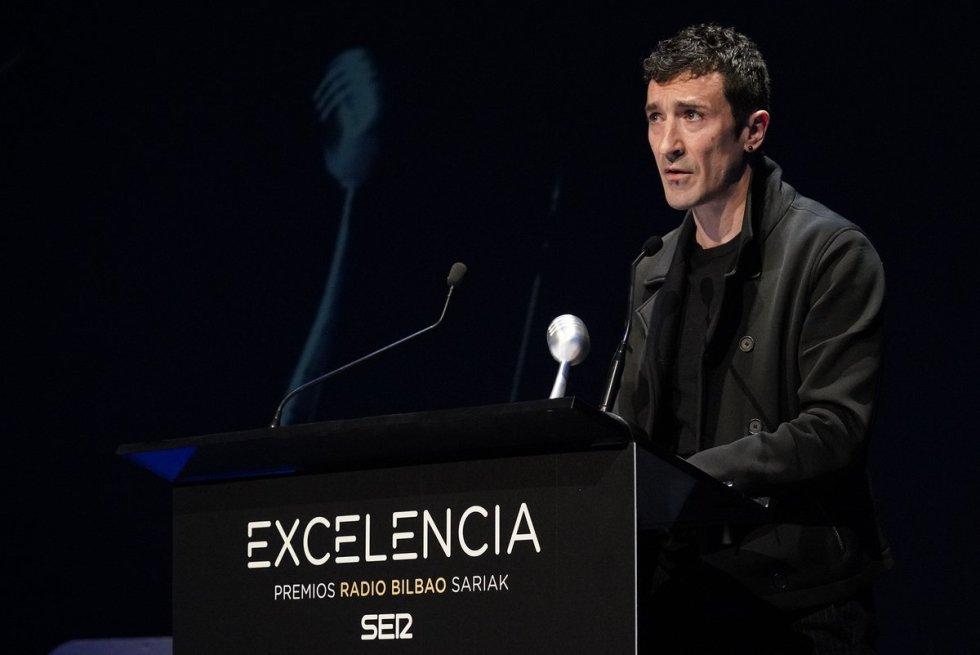 Eneko Atxa, ganador del Premio Radio Bilbao a la Excelencia en la categoría de Gastronomía.
