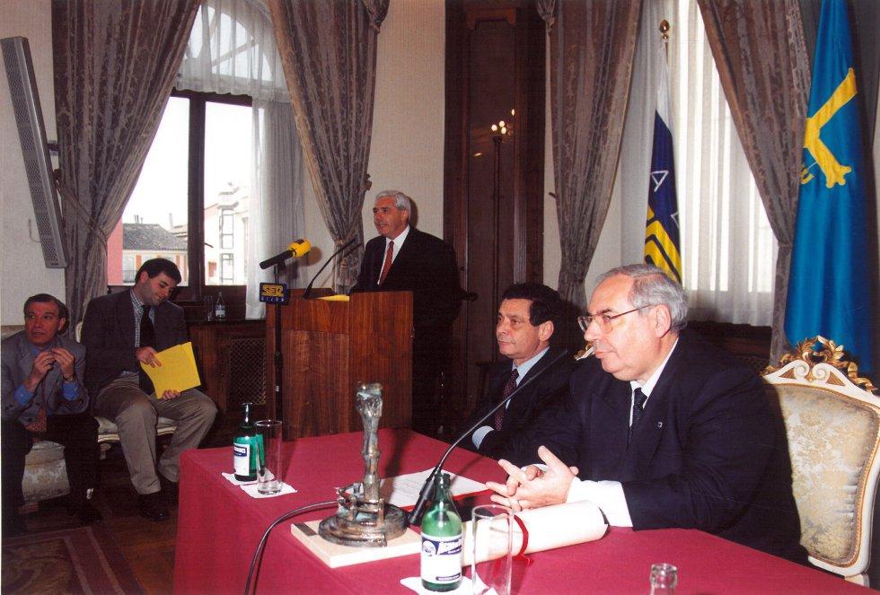 Acto de entrega del Premio (1998)