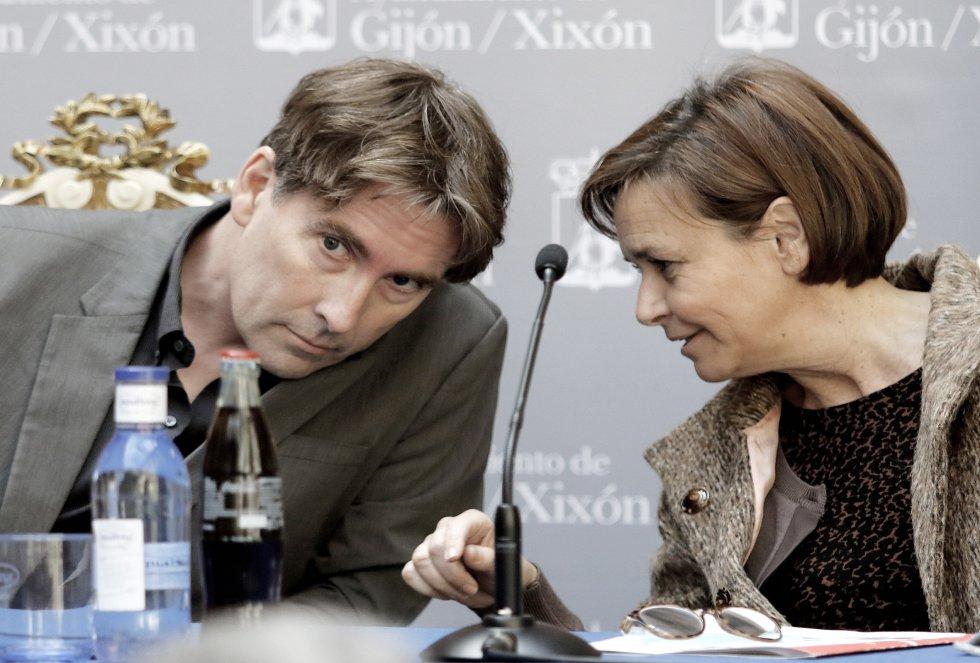 La alcaldesa de Gijón, Carmen Moriyón, habla con el director de 'A vivir', Javier del Pino (2018)