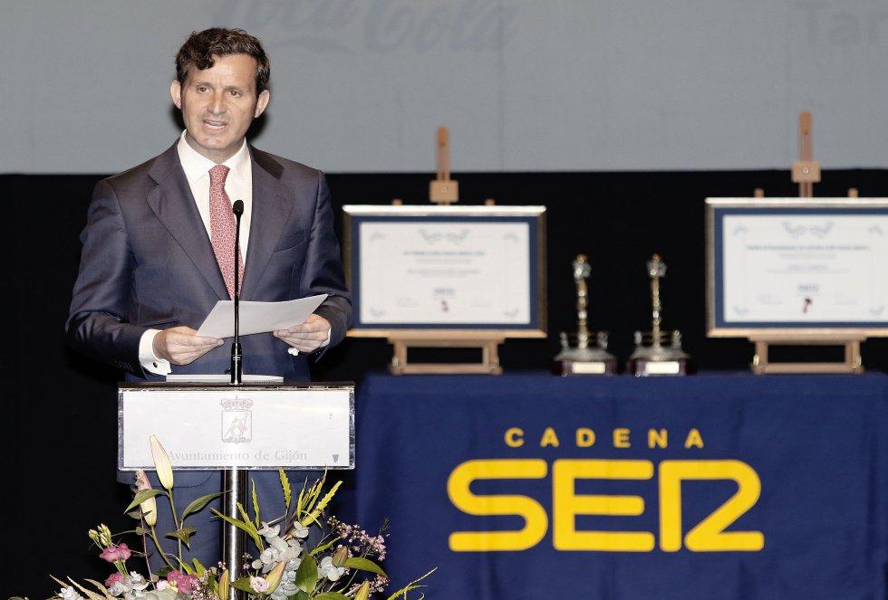 El director de Ser Gijón, Pablo González-Palacios, durante su intervención