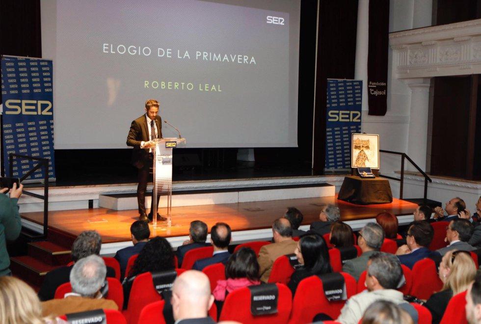 Roberto Leal en un momento de su Elogio a la Primavera Sevillana