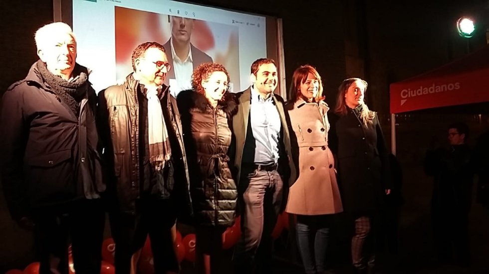 Inicio de la campaña de Ciudadanos en la Plaza San Bruno de Zaragoza