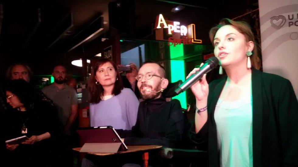 El bar de Las Armas, lugar de reunión y debate, y de inicio de campaña de Unidas Podemos