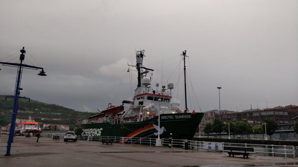 La llegada del barco al muelle