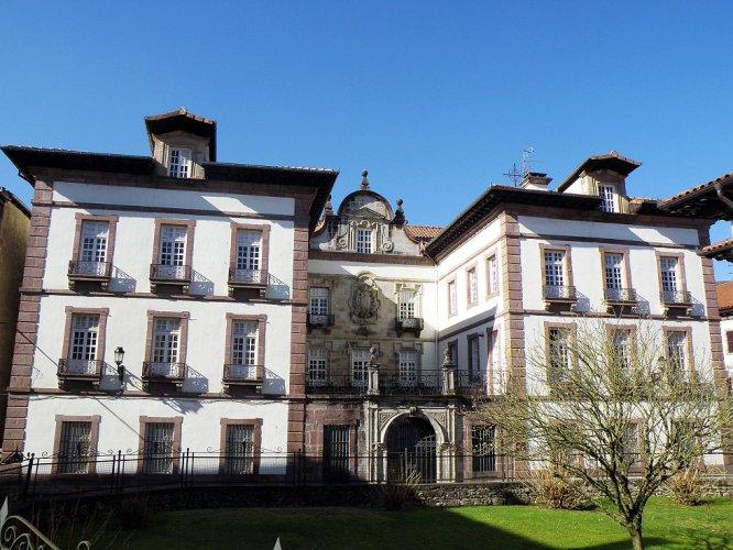 Palacio de Arizkunenea