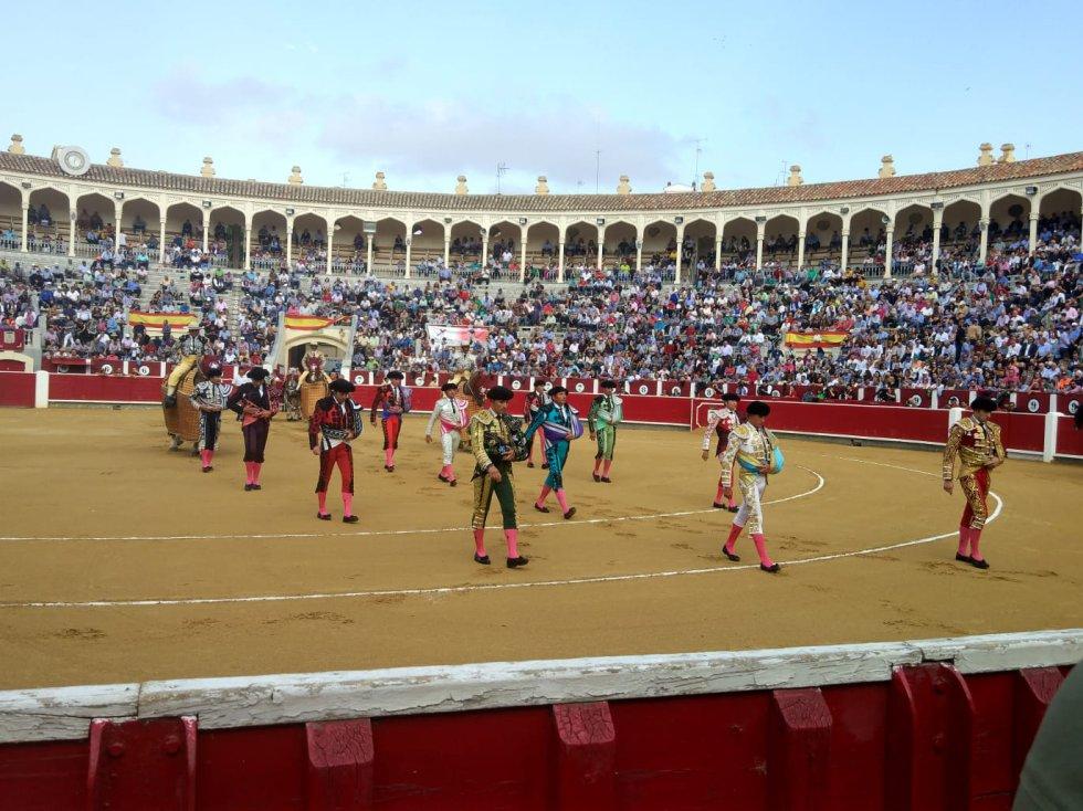 Las imágenes del festejo taurino de este domingo