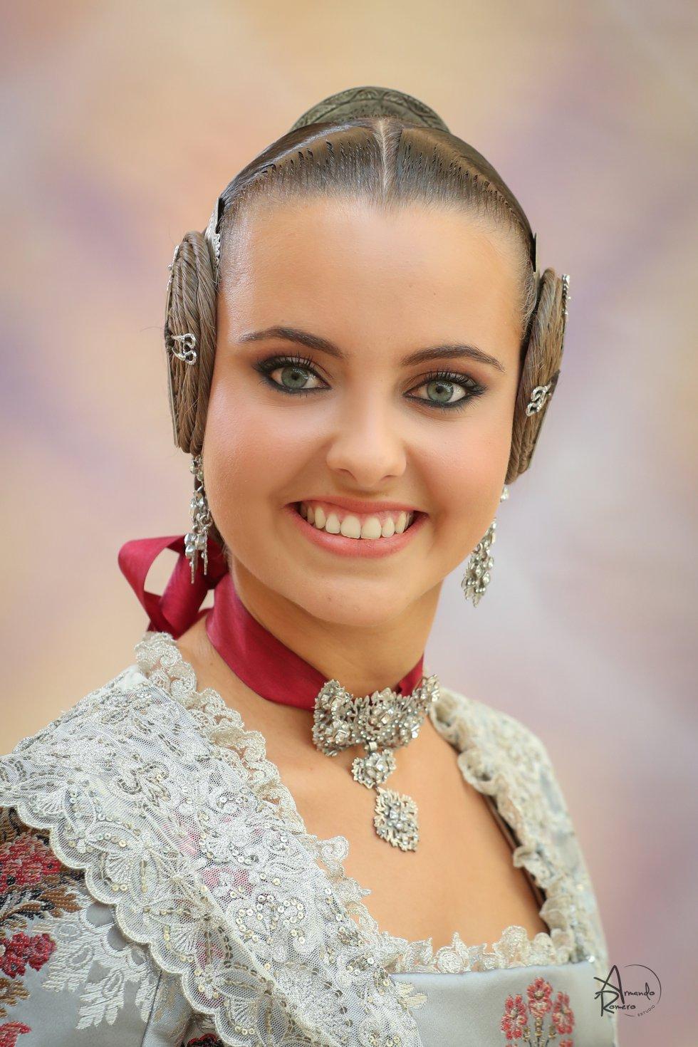 Anna Adela Dugann Capuz - Falla Almirant Cadarso-Comte D'Altea