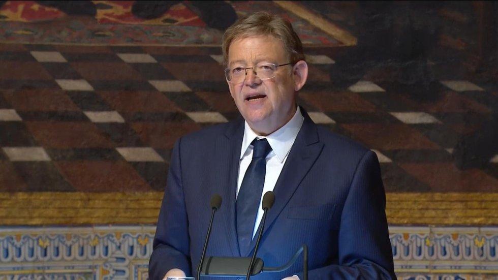Ximo Puig ha sido el encargado de entregar las Altas Distinciones que otorga la Generalitat con motivo del 9 d'Octubre