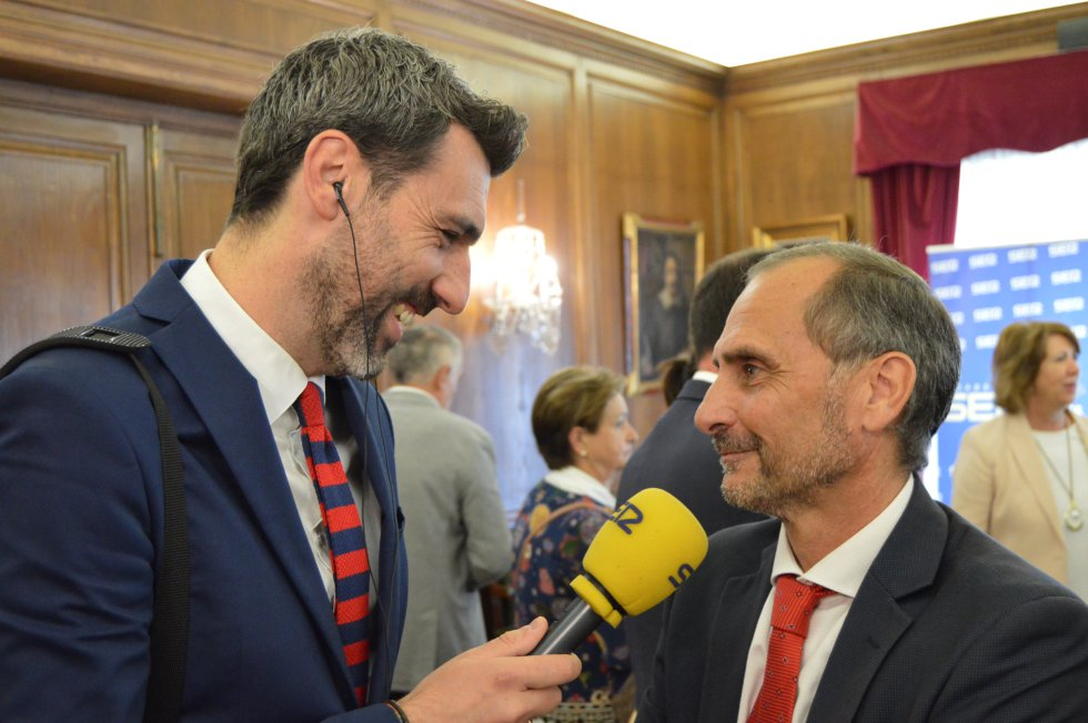 Entrevista con el coordinador de la Cámara de Comercio de Avilés, Heriberto Menéndez