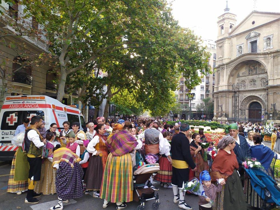El nuevo acceso por Santa Engracia congregó a un gran número de personas