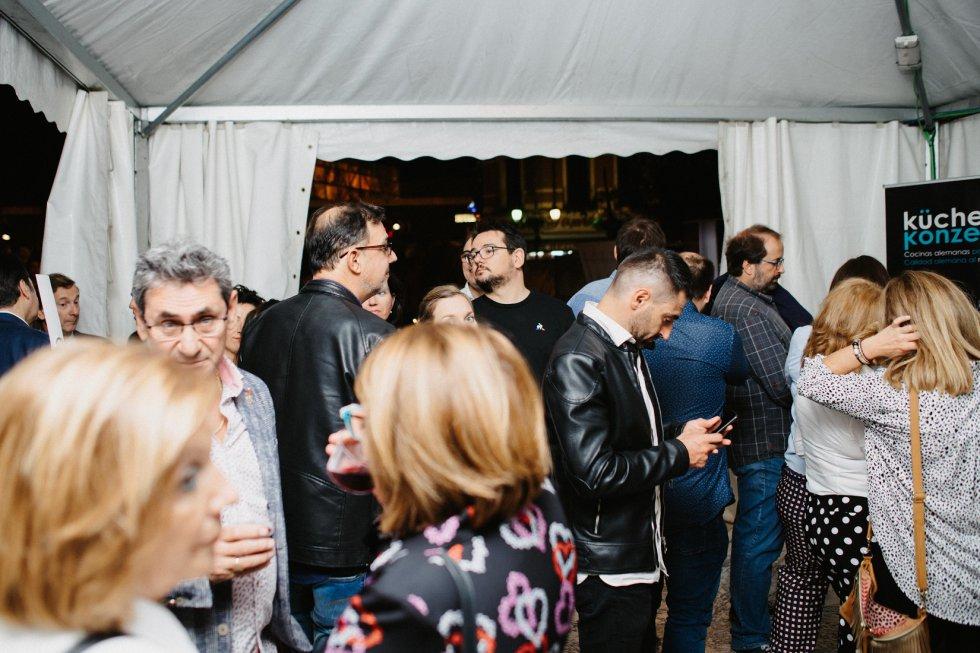 La sociedad zaragozana disfrutando de la zona VIP del concierto de Amaral de Los40 y Radio Zaragoza.