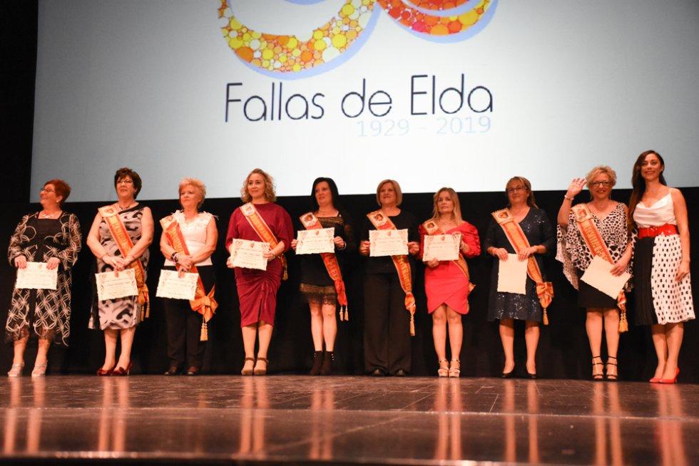 FOTOGALERÍA| Homenaje a las Falleras y presidentes de la fiesta del fuego de Elda, en su 90 aniversario