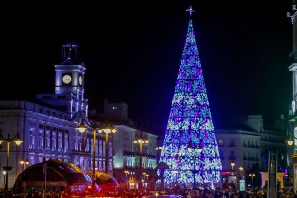 Encendido del árbol de Navidad de La Puerta del Sol, en Madrid a 22 de noviembre de 2019