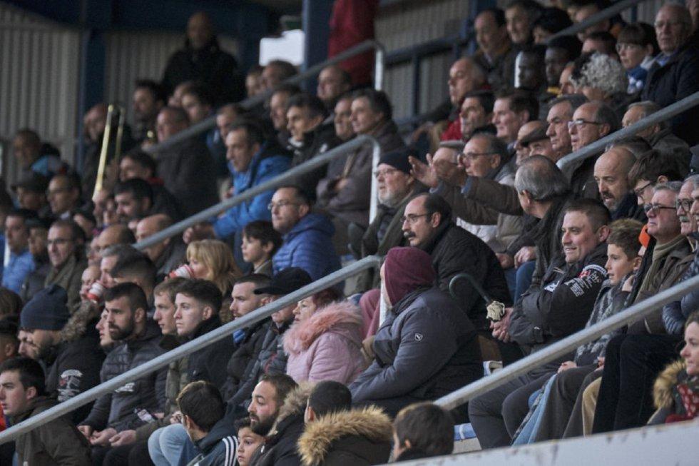 El empate de la Arandina ante el Numancia B (0-0) dejó instantáneas como éstas en El Montecillo.