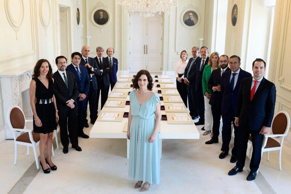 20 de agosto. Primer consejo de Gobierno de Isabel Díaz Ayuso, presidenta de la Comunidad de Madrid, con su equipo. PP y Ciudadanos han estado dividdios en cuestiones como la comisión de investigación de Avalmadrid.