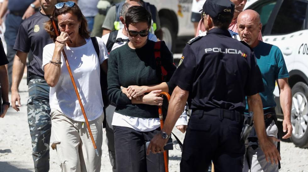 4 de septiembre. Lola Fernández Ochoa, hermana de la esquiadora olímpica Blanca Fernández Ochoa, tras confirmarse que el cuerpo encontrado en la Sierra de Guadarrama era el de su hermana, once días desaparecida.