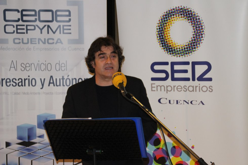 El director de Hoy por Hoy Cuenca, Paco Auñón, fue el encargado de conducir el acto