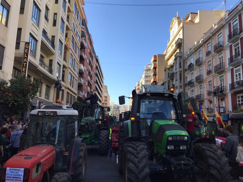 Tractorada en València