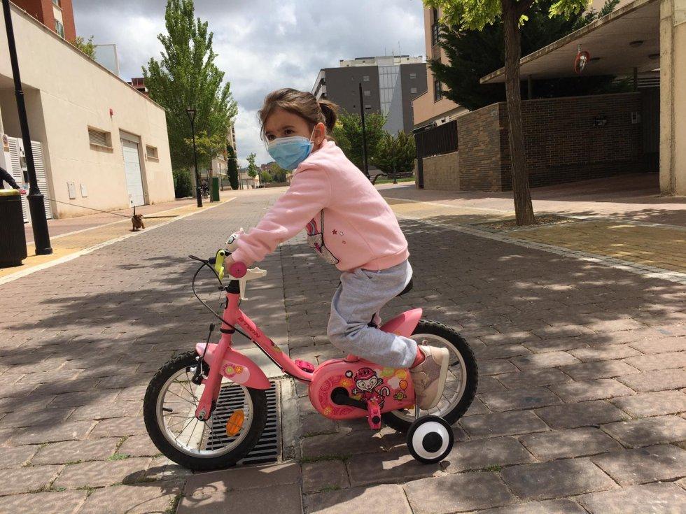 Los niños de Albacete salen a la calle 45 días después del Estado de Alarma