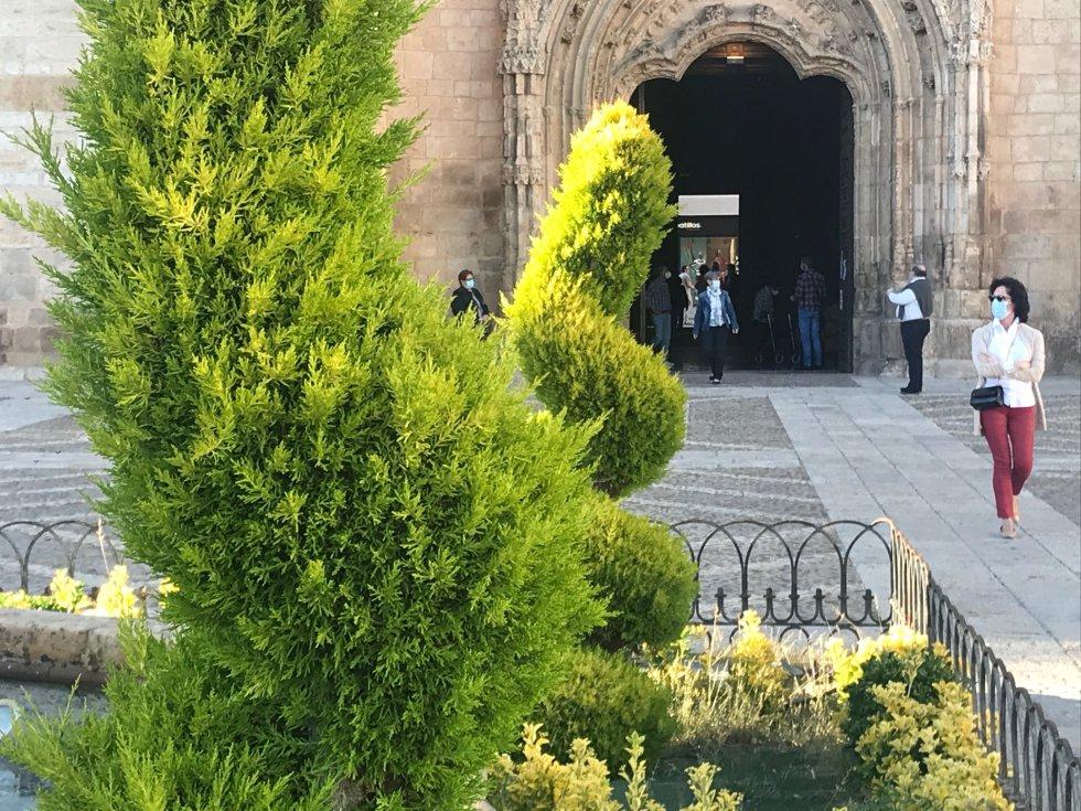Las puertas de la Iglesia de la Asunción vuelven a abrir