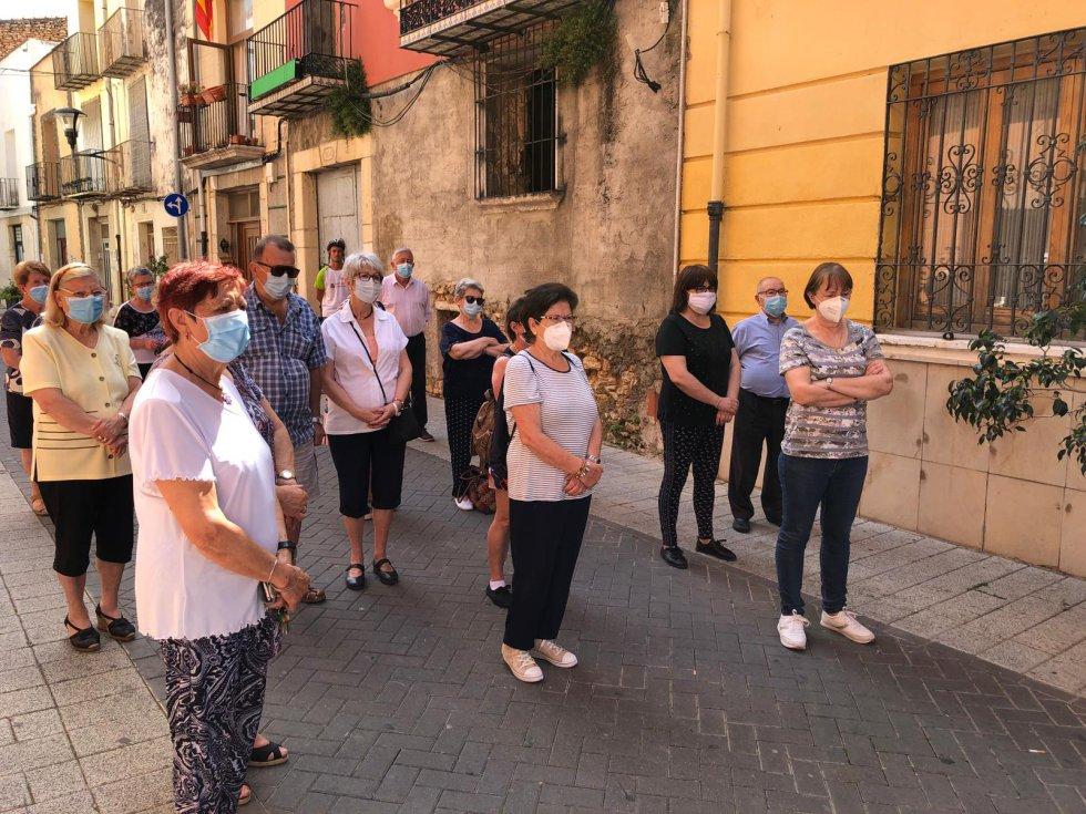 Minuto de silencio en el Ayuntamiento de Alcalà-Alcossebre