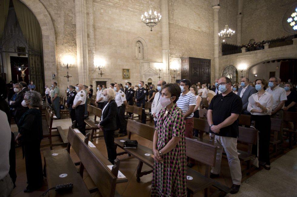 Todas las imágenes del homenaje a los afectados por la pandemia