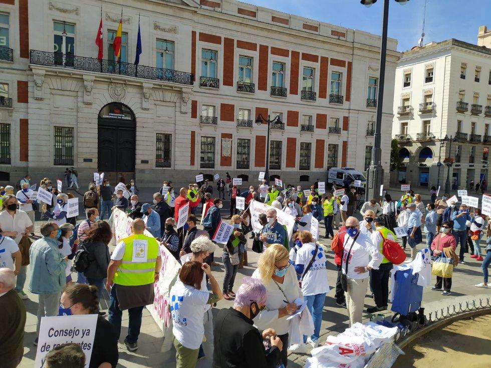 La manifestación de este sábado ha comenzado a mediodía en la Puerta del Sol