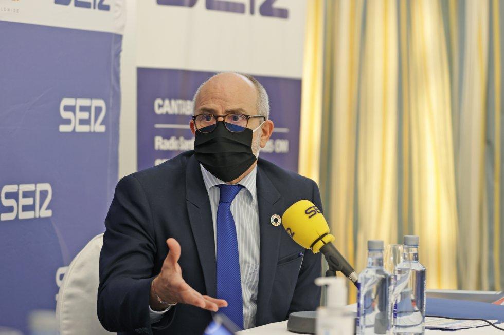 Miguel Rodríguez, durante su intervención en Foro Ser Cantabria.