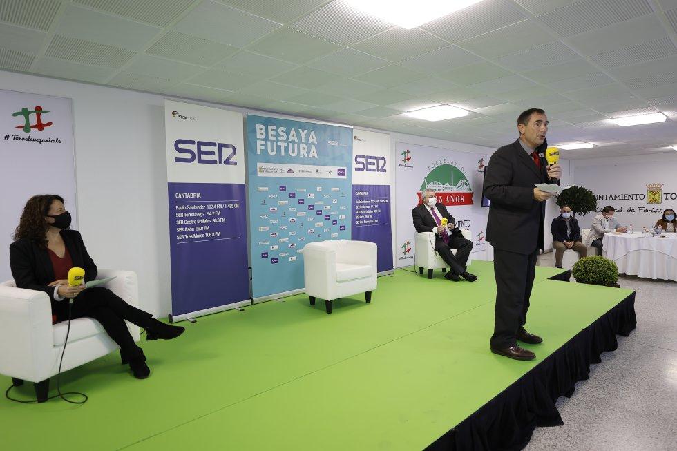 Jordi Finazzi, director de la cadena SER en Cantabria, durante la presentación de esta nueva edición de 'Besaya Futura'.