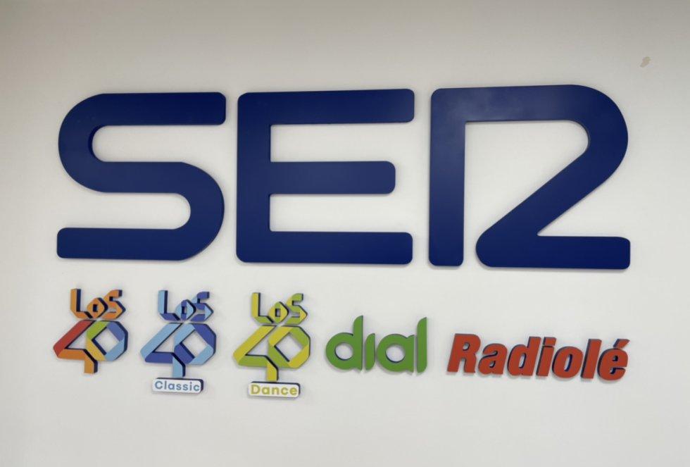 Imagen corporativa de la SER y las radios musicales del Grupo Prisa con presencia en Málaga