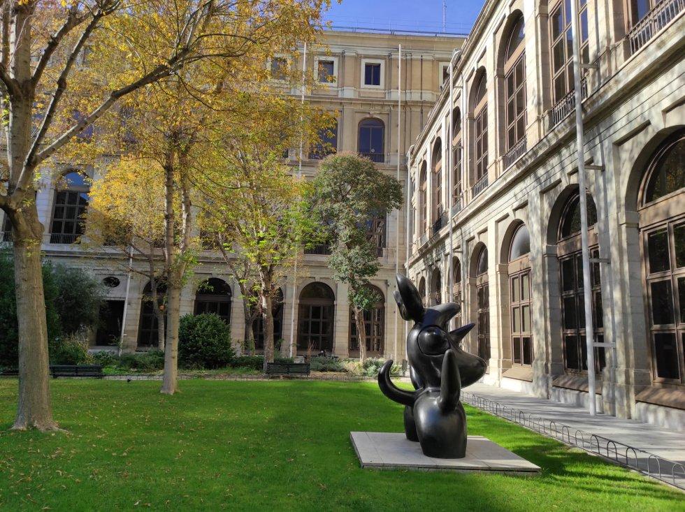 Patio exterior del Museo Reina Sofía