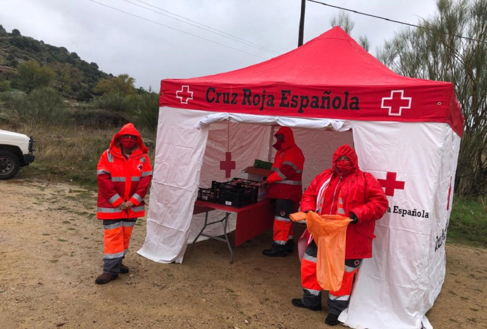 Recogen 733 kilos de basura en El Burguillo (Ávila)
