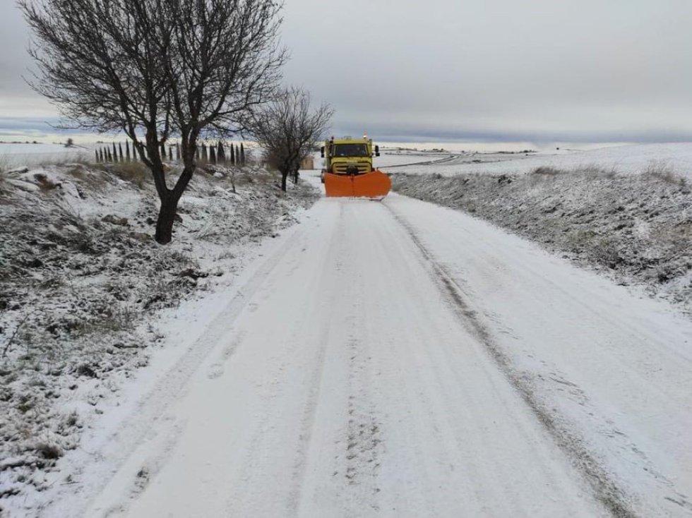 Trabajos contra la nieve en la provincia de Guadalajara