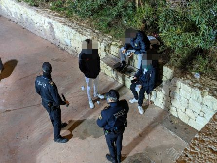 La Policía Local de Alicante interviene en un botellón
