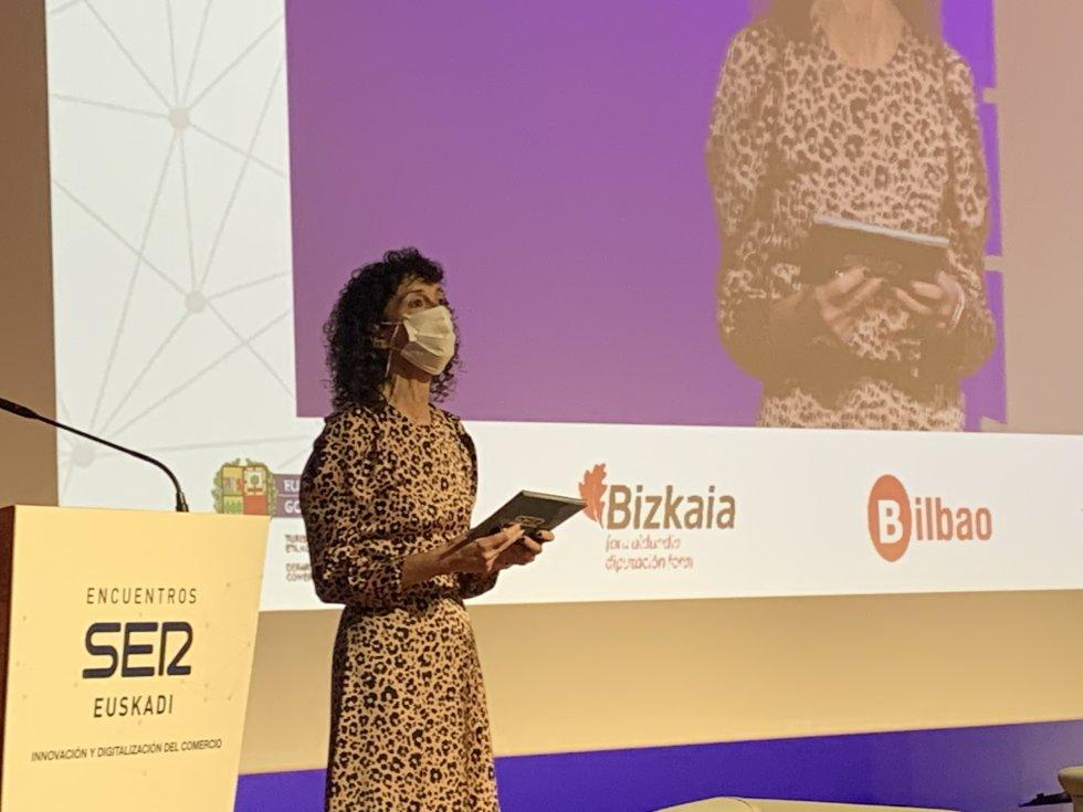 Eva Domaika, Directora de Contenidos de SER Euskadi ha presentado la jornada