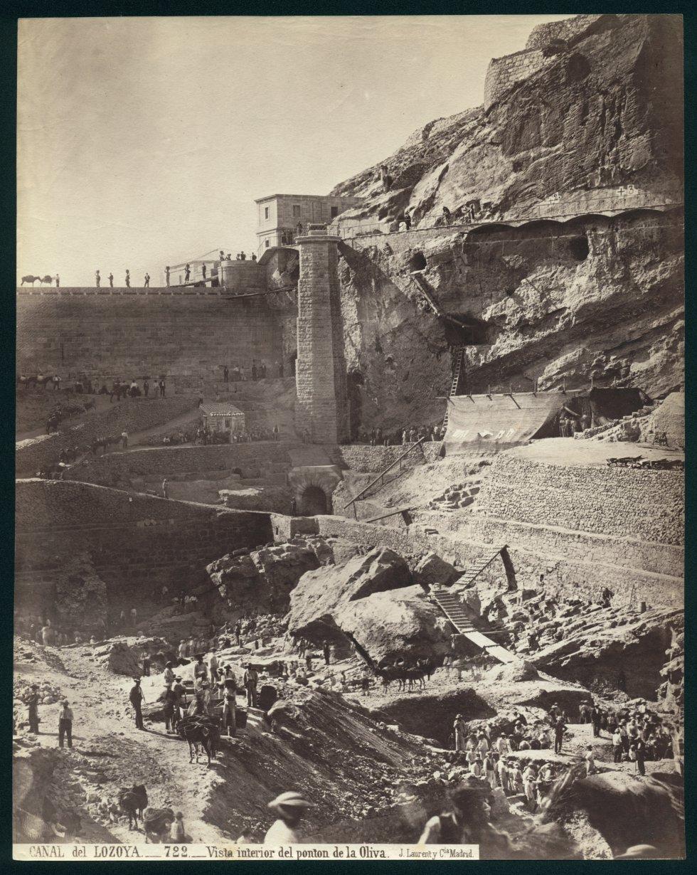 CANAL del LOZOYA.-722.-Vista interior del pontón de la Oliva, hacia 1855. Museo Nacional de Artes Decorativas
