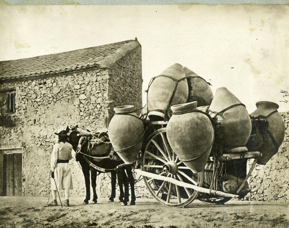 MURCIA.-715.-Carro cargado de tinajas. Museo del Traje. Centro de Investigación del Patrimonio Etnológico