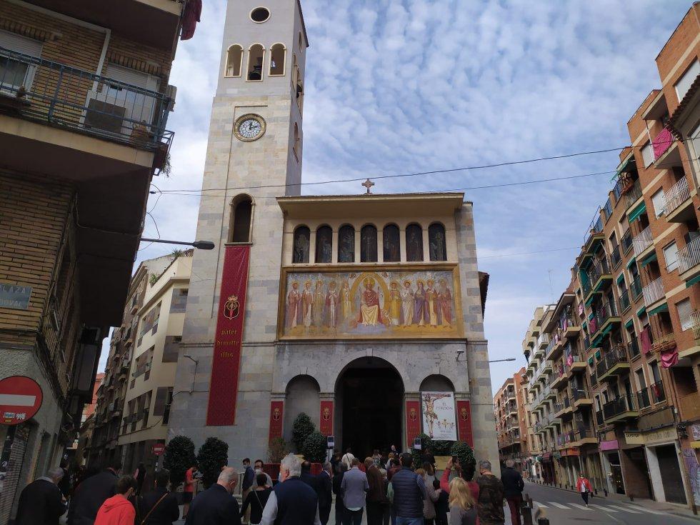 San Antolín ha acogido una exposición con los tronos e imágenes de la Cofradía del Perdón que deberían haber procesionado por las calles de Murcia este Lunes Santo