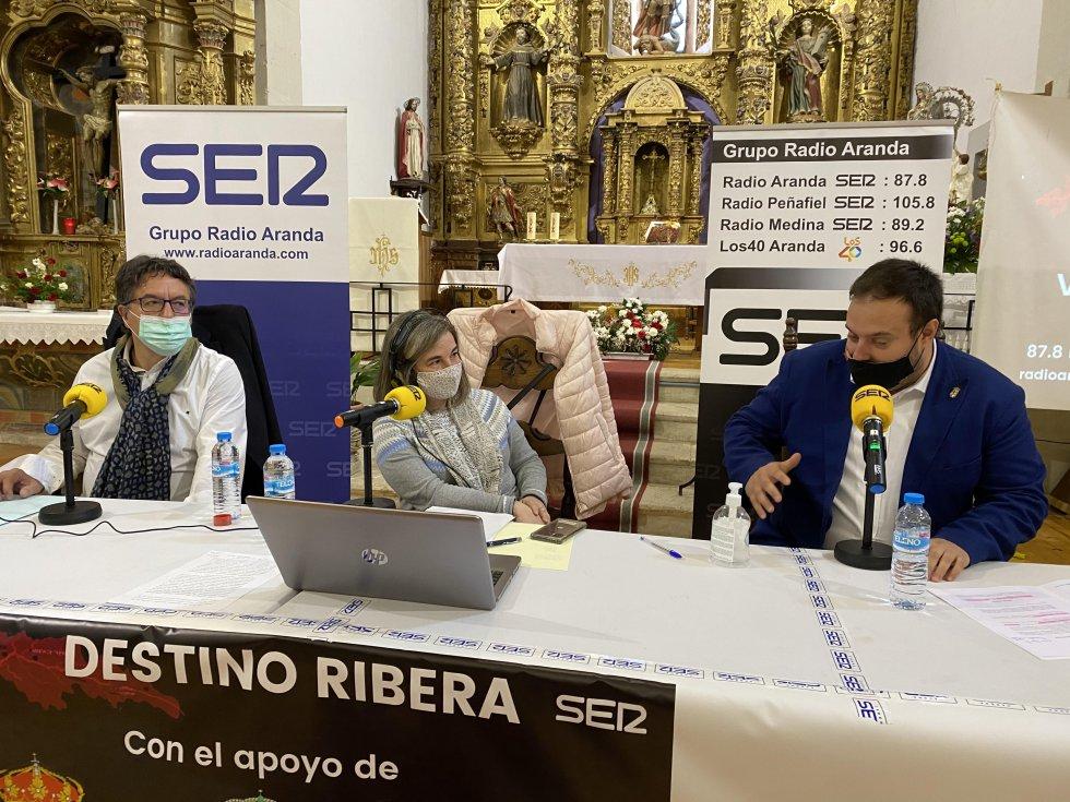 Elena Lastra, con Alberto Rasero y el juez Justo Criado