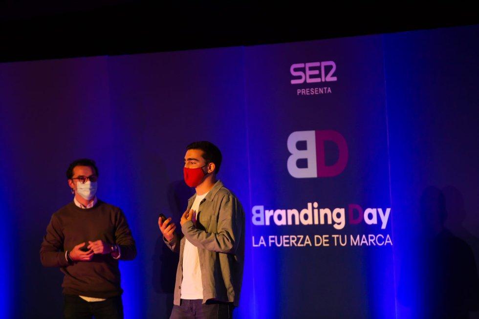 Rafa Magaña y Adrián Ballester explican cómo incuir a la generación Z en nuestras organizaciones.