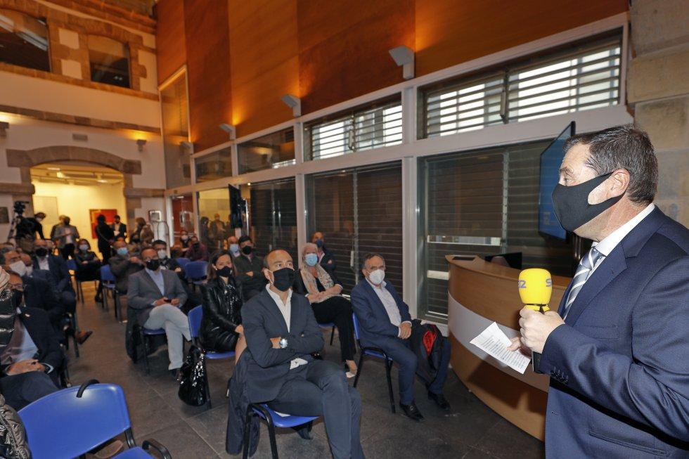 Jordi Finazzi, director de la cadena SER en Cantabria, en la presentación de Besaya Futura.