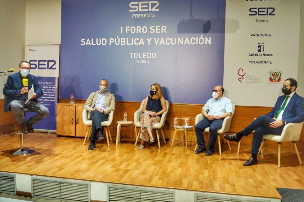 Imágenes del I Foro de Salud Pública y Vacunación de SER Toledo