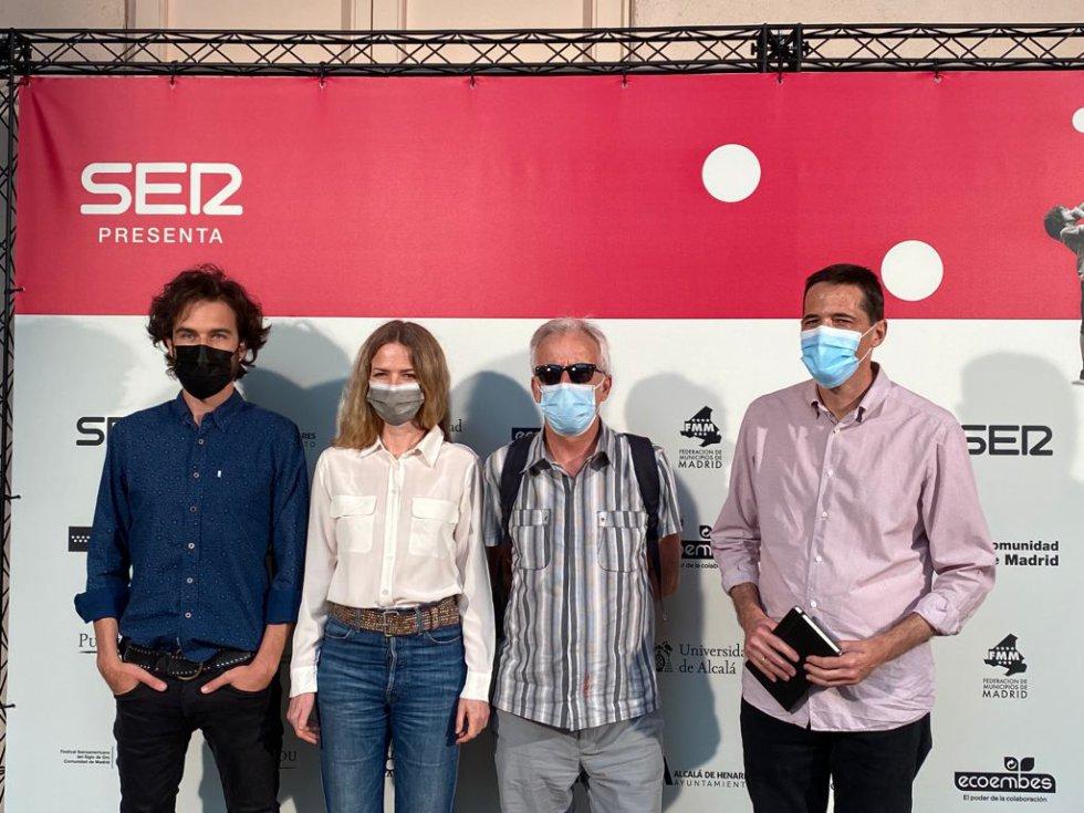 Guille Galván (Vetusta Morla), Christina Rosenvinge, Kiko Veneno y el periodista Pablo Gil
